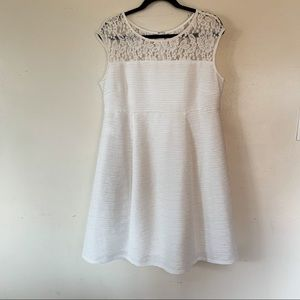 Motherhood White Dress Size Large